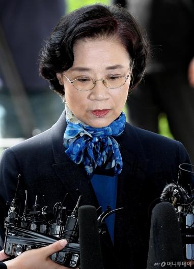 [사진]경찰 소환된 이명희 이사장