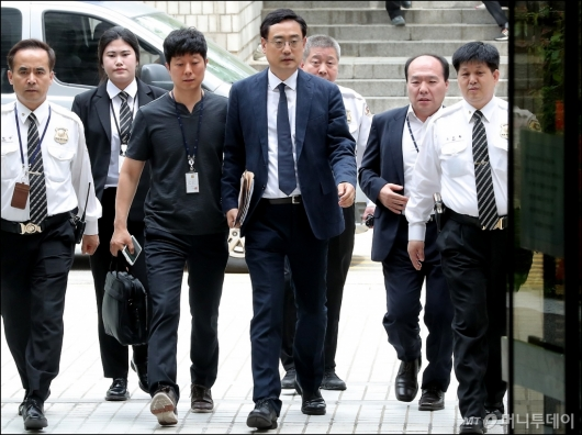 [사진]법원 들어서는 변희재