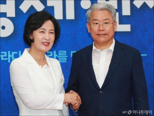 [사진]추미애 대표 찾은 김동철 비대위원장