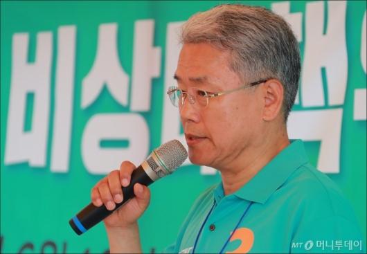 [사진]모두발언하는 김동철 바른미래당 비대위원장