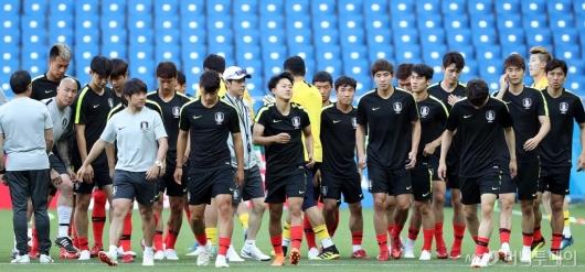 [사진]한국 축구대표팀, 로스토프 아레나 공식 훈련