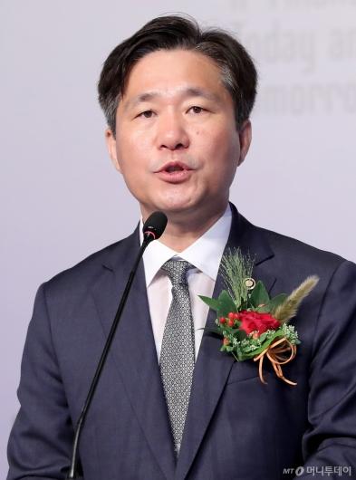 [사진]환영사 전하는 성윤모 특허청장