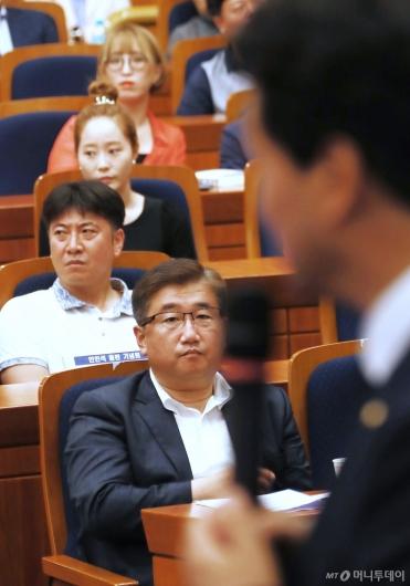 [사진]안민석 출판기념회 참석한 박관천-노승일