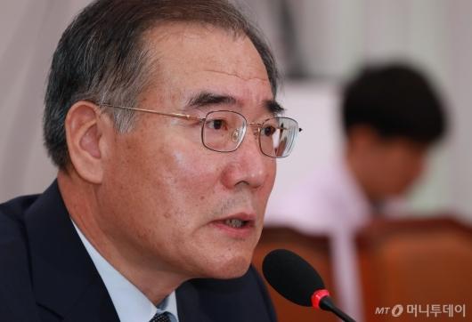 [사진]답변하는 이개호 농림부 장관 후보