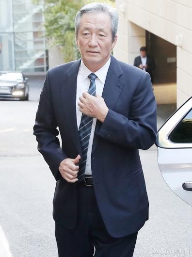 [사진]정몽준, '고 변중석 여사 제사 참석'