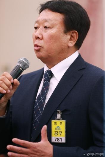 [사진]선동열 '대표팀 선발 부정청탁 없어'