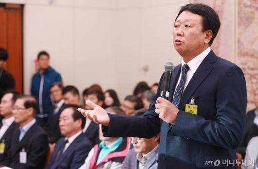 [사진]국감 출석한 선동열 감독