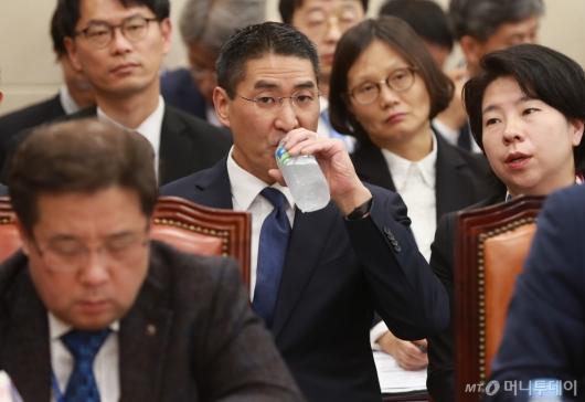 [사진]방통위 종합감사 출석한 존리 구글코리아 대표