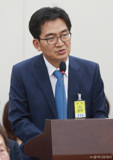 [사진]'리더스유치원 비리' 관련 답변하는 이덕선 한유총 비대위원장