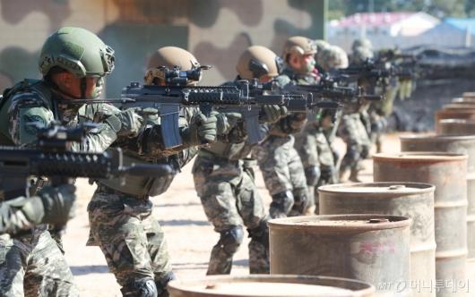 [사진]훈련하는 연평도 해병대