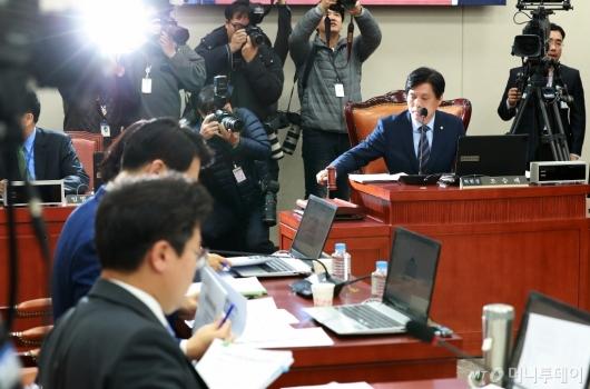 [사진]'유치원 3법' 논의, 교육위 법안심사소위 개최