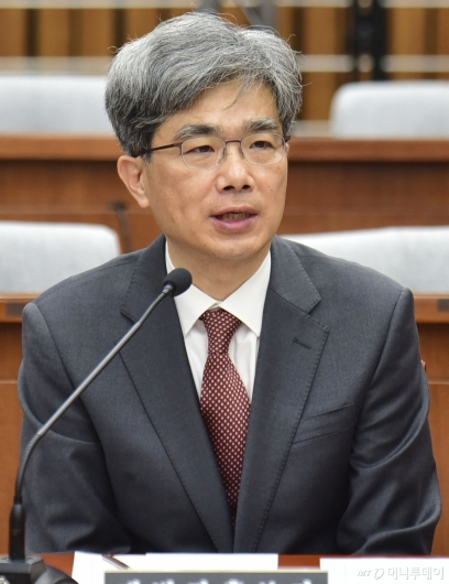 [사진]검증대 오른 김상환 대법관 후보자
