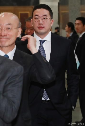 [사진]'문재인 대통령 신년회' 참석한 구광모 LG 회장