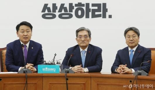 [사진]靑 노영민-강기정, 김관영 원내대표 예방