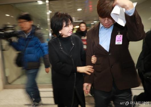 [사진]빙상계 성폭력 피해자 추가 폭로 마친 손혜원 의원