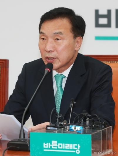 [사진]손학규, 바른미래당 창당 1주년 기자간담회