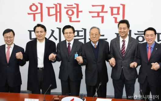 [사진]선관위 회의 참석한 당대표 후보 3인