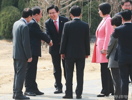 [사진]초월회 첫 참석한 황교안 자한당 대표