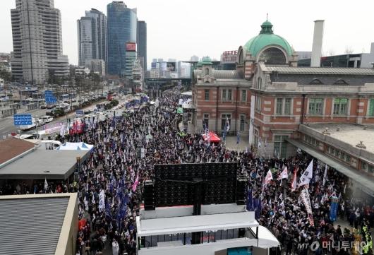 [사진]박근혜 전 대통령 탄핵 2년, 석방 요구 집회
