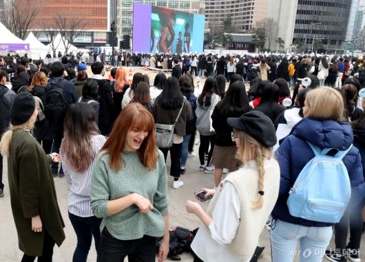 [사진]방탄소년단에 빠진 외국 팬들