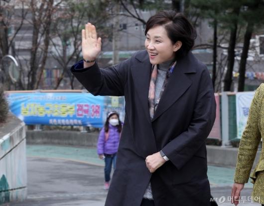 [사진]초등학교 찾은 유은혜 부총리