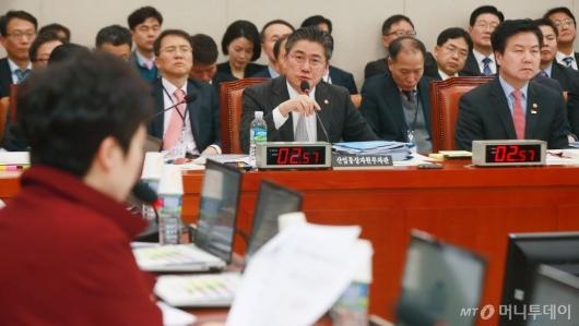 [사진]LPG 사업법 개정안 등 산자중기위 전체회의 개최