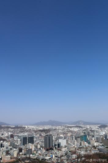 [사진]도심 위 파란 하늘