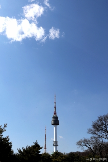 [사진]'반갑다! 파란 하늘'
