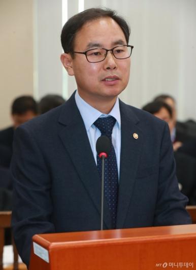 [사진]업무보고하는 박영수 중앙선관위 사무총장