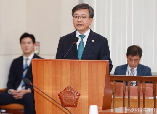[사진]검증대 오른 김창보 중앙선관위원 후보