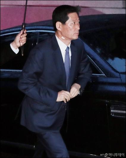 [사진]정주영 명예회장 18주기 참석하는 정몽윤 회장