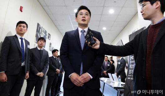 [사진]입장 밝히는 양민석 YG 대표