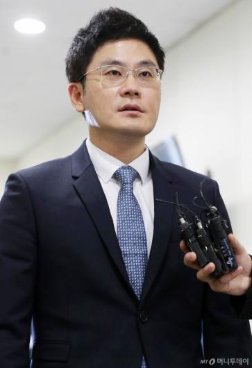 [사진]질문에 답하는 양민석 YG 대표