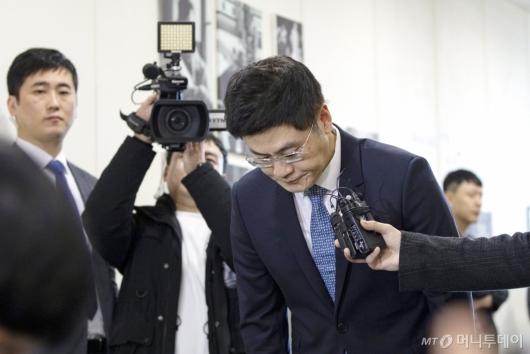 [사진]인사하는 양민석 YG 대표
