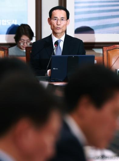 [사진]검증대 선 최정호 국토부 장관 후보자