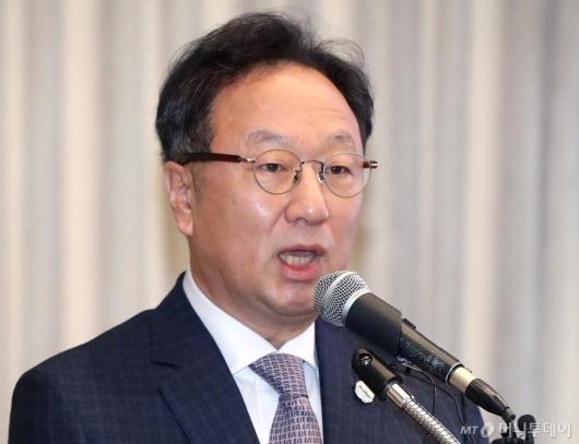 [사진]사과문 발표하는 이우석 대표