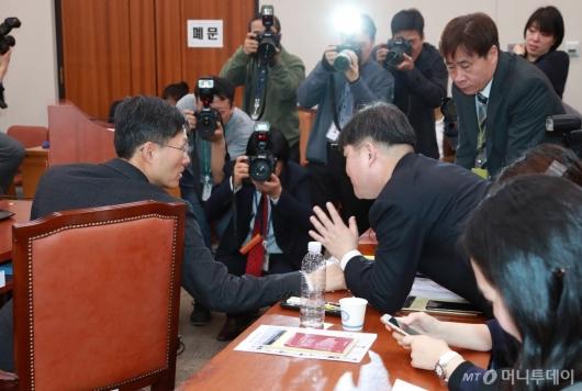 [사진]문형배 헌법재판관 후보자 인사청문회...여·야 정쟁으로 정회