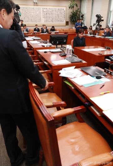 [사진]문형배 헌법재판관 후보자 인사청문회...여야갈등으로 정회