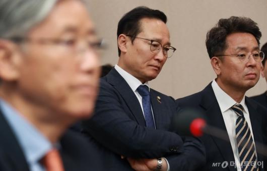 [사진]헌법재판관 후보자 인사청문회장 찾은 민주당 지도부
