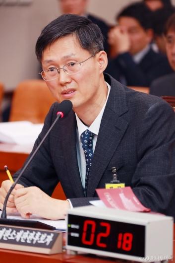[사진]검증대 오른 문형배 헌법재판관 후보자