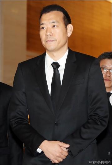 [사진]故 조양호 회장 빈소 찾은 김진표