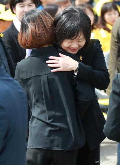 [사진]세월호 5주기 기억식 참석한 이정미 정의당 대표