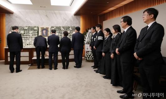 [사진]조문객 이어지는 故김홍일 전 의원 빈소