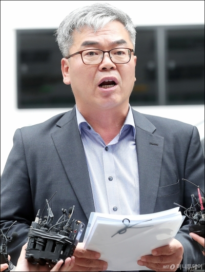 [사진]고소 입장 밝히는 김수민 작가 대리인 박훈 변호사