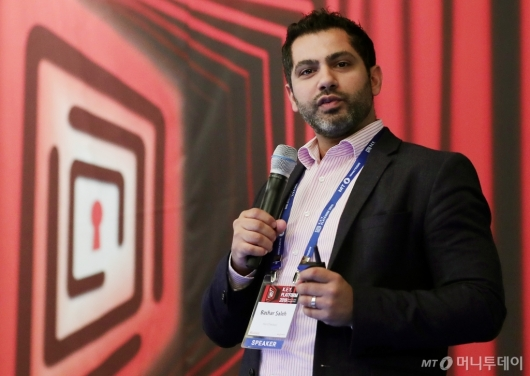 [사진]'2019 키플랫폼' 발표하는 바샬 살레 대표