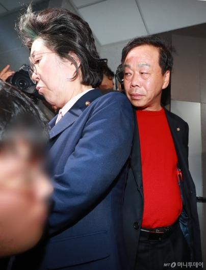 [사진]자유한국당, 채이배 의원실 6시간 가량 점거