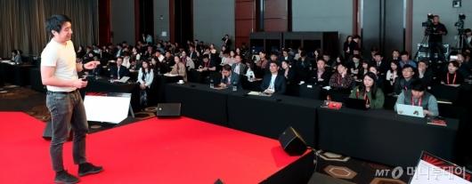 [사진]애런 리 쿼카 창업자, AI와 블록체인의 만남