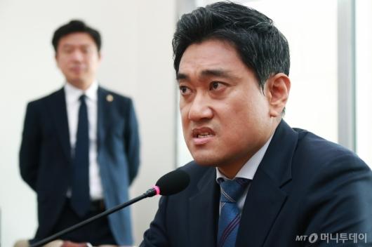 [사진]오신환 '김관영 원내대표 용서 못해'