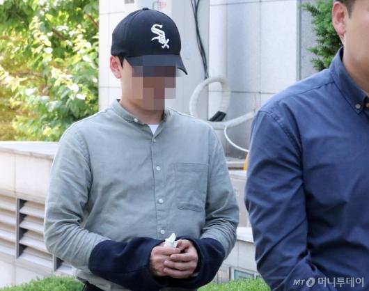 [사진]영장실질심사 받는 '동전 택시기사 사망' 30대 승객