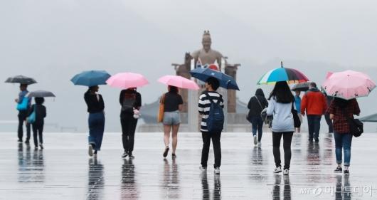 [사진]'여름으로 가는 길'